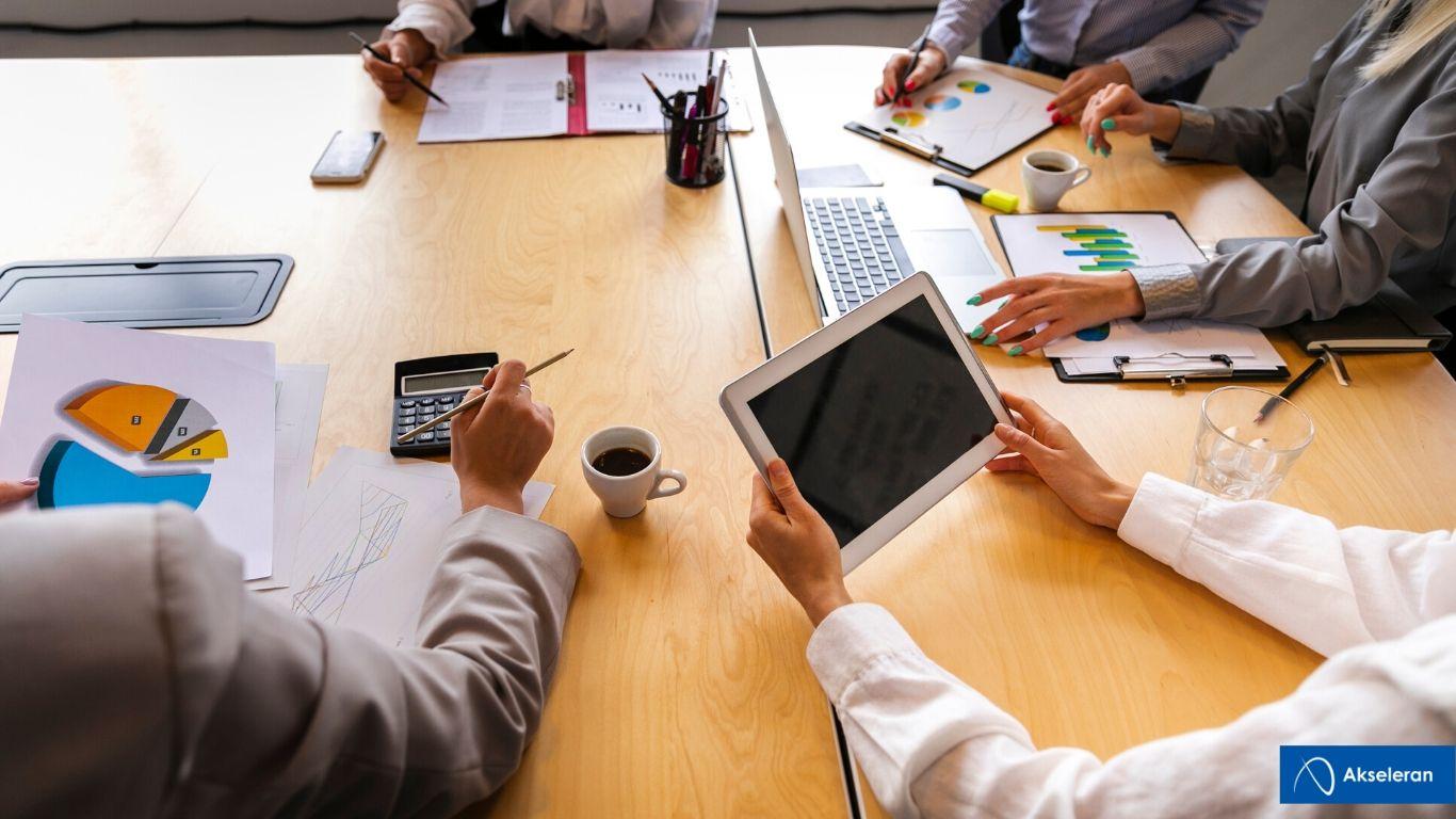 Manajemen Bisnis - Training kehumasan dan marketing rumah sakit