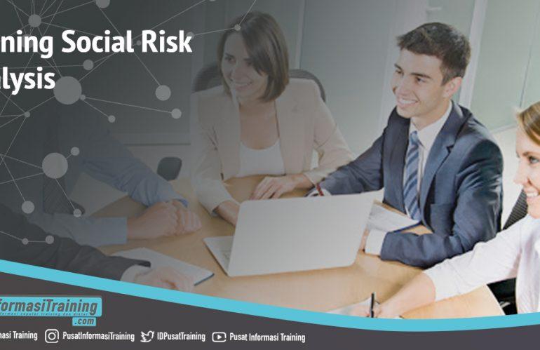 Training Social Risk Analysis