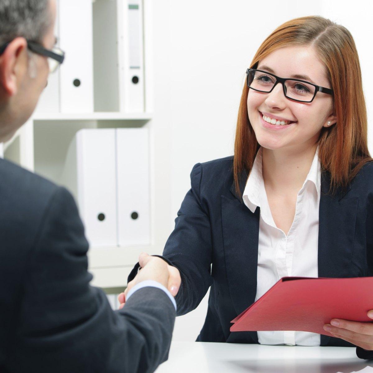 Training Perlindungan Konsumen Transaksi Elektronik Perbankan